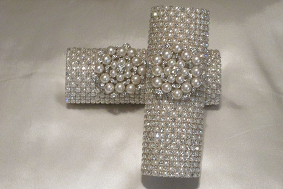 How To Use Bridal Bouquet Holder : Rhinestone pearl bridal bouquet holder