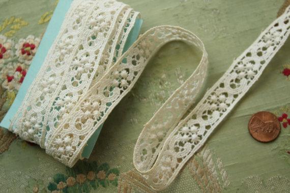 Свадьба - 1 yard  vintage cotton  lace trim wedding lace trim bobble dot tiny picot lingerie dress projects sewing bride bridal