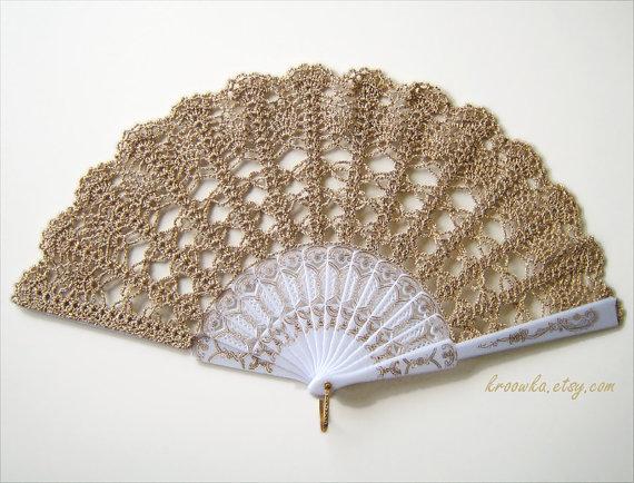 Mariage - Lace wedding hand fan in GOLD, luxury gold accessory, wedding bouquet alternative, bridal accessory, bridesmaid,spanish wedding, photo prop