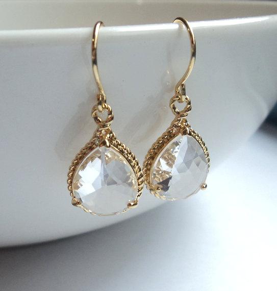 Свадьба - Clear crystal diamond glass gold tear shape dangle drop earrings.  Bridal earrings.  Bridesmaids earrings.  Wedding jewelry. Bridal jewelry
