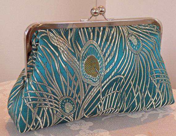 Свадьба - Peacock Feather Clutch/Purse/Bag..Silk Brocade..Teal and Gold/Silver..Wrap made to match..Free Monogram..Bridal..Wedding Gift