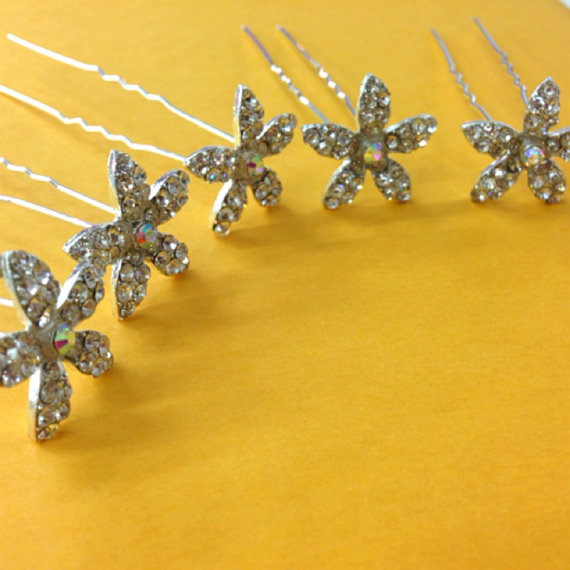 Mariage - Set of 6 rhinestone flower hair pin use for wedding bouquet  , flower embellishment , wedding favor, bridal hair pin 24mm x 24mm