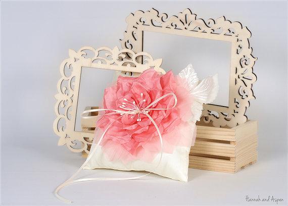 "Mariage - Rosy - 6x6"" Wedding ring pillow - Wedding ring bearer - Rose ring pillow - Wild rose ring pillow"