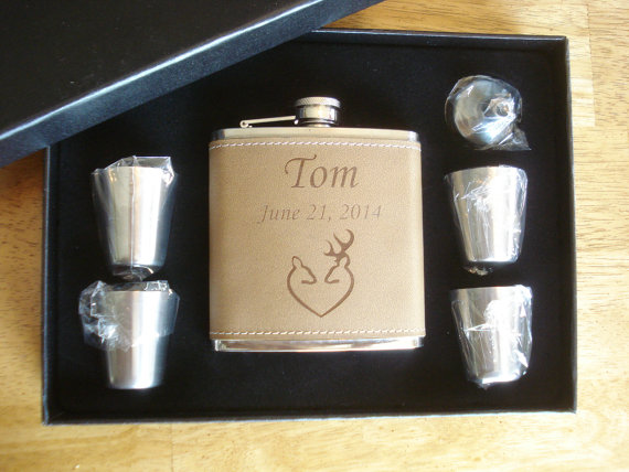 Wedding - 8 Personalized Deer Heart Flask Gift Sets  -  Great gifts for Best Man, Groomsmen, Father of the Groom, Father of the Bride