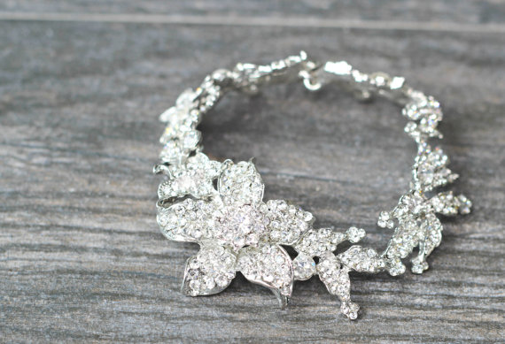 Mariage - Swarovski Bun Wrap, Bridal Hair Vine, Crystal Wedding Hair Pin, Rhinestone Hair Vine, Bun Wrap, Wedding Hair Pin, Diamante Hair Accessory