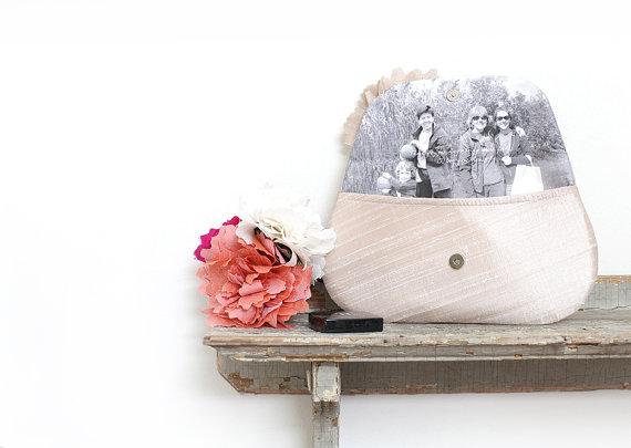 زفاف - Photo clutch, Personalized bridesmaid gift, Champagne wedding clutch, Custom portrait, Blush wedding, Personalized wedding gift, Mothers day