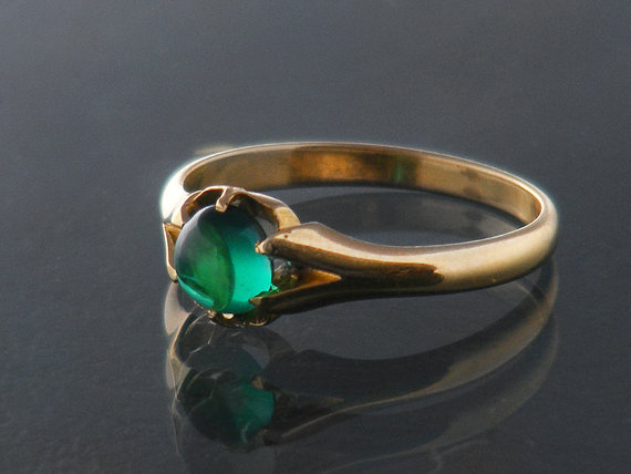 antique emerald ring 18ct gold and emerald cabochon