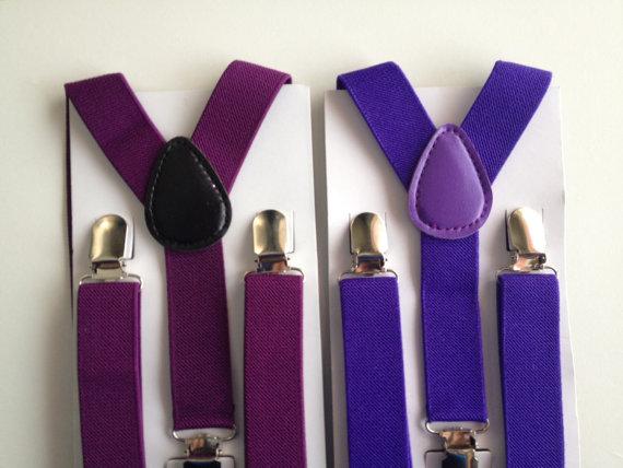 Свадьба - Purple Suspender & Bowtie Baby Bow Tie and Suspenders Set Boys Bowties Toddler Necktie Groomsmen Baby Shower Gift First birthday Photo Prop