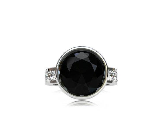 Свадьба - 10.00mm Black Spinel ring, white sapphire, engagement ring, spinel engagement, black, sapphire ring, solitaire, bezel, custom, gothic, huge