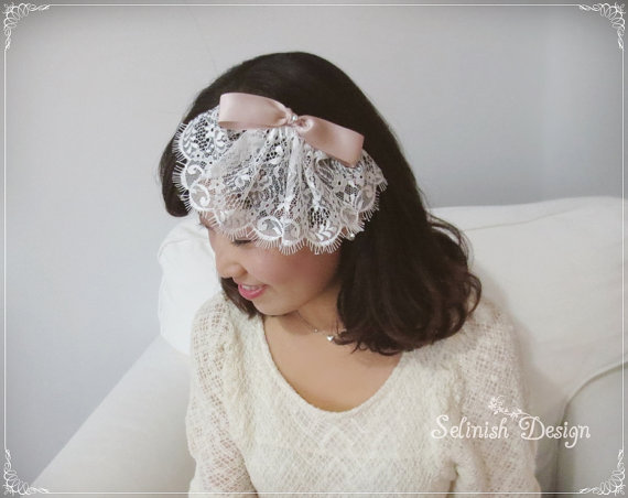 Mariage - Blush Bow Birdcage Veil, Bridal birdcage Veil, Lace Veil, Birdcage Veil with Bow, Bridal Fascinate Birdcage Veil by Selinish