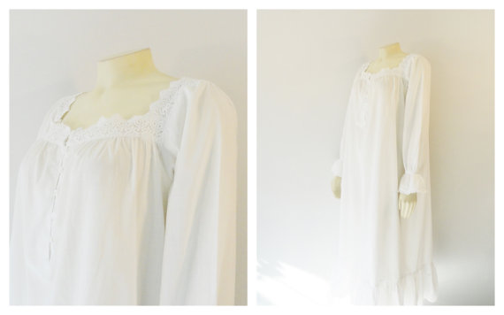Vintage Nightgown Victoria s Secret Country Cotton Nightgown White Lace  Oversize Gown Size Medium Modern M - L b52c0aa4b