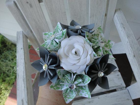 Mariage - Paper Rose Kusudama Toss Bouquet Nosegay