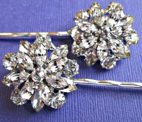 Hochzeit - Silver Wedding Hair Pins,Crystal Flower, Hair Clips,  Set of 2, Hair Flowers, Bobby Pins, Rhinestone Hair Accessories, Bridesmaid Hair