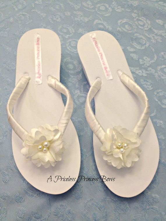16699a9767a Bridal Flip Flops with Ivory Satin Flower   Pearls Bride Sandals Shoes  Wedding Beach Bridesmaids Flower Girl