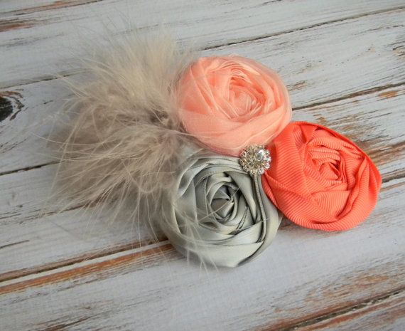 Свадьба - Coral and Grey flower hair clip Wedding Flower girls hair clip Flower girl Hair Accessory Weddings head piece Coral baby headband