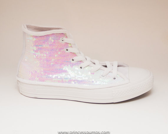 Свадьба - Sequin Crystal Iris on White Canvas Low Top Sneakers Shoes