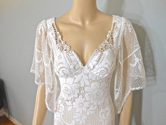 Mariage - White Lace WEDDING Dress BOHEMIAN wedding Dress VINTAGE Wedding Dress Sz Small