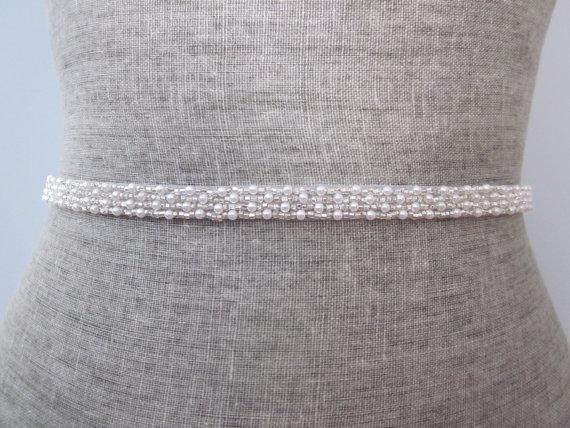 Свадьба - super skinny Pearl & Silver glass beads Beaded bridal wedding sash / belt, Swarovski beading
