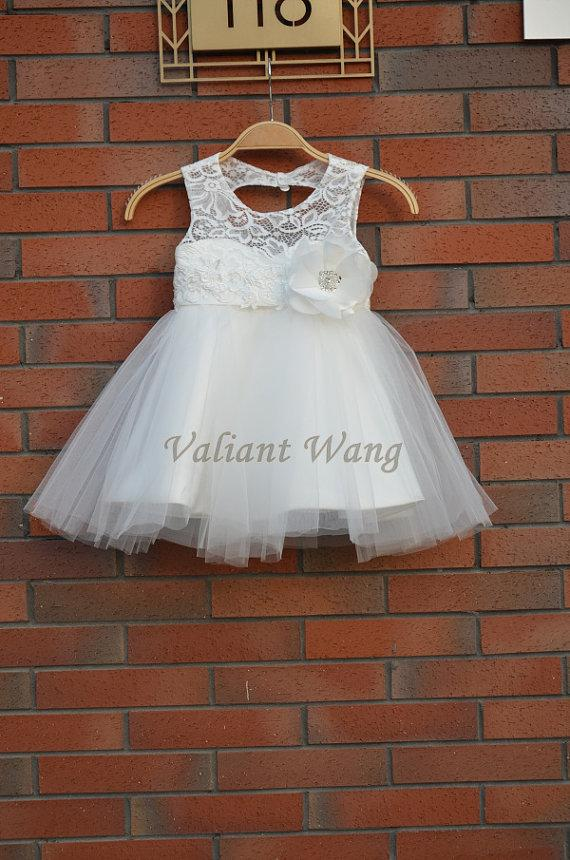 Mariage - Lovely Ivory Lace Flower Girl Dress Wedding Baby Girls Dress Tulle Rustic Baby Birthday Dress Knee Length Lace/Flower Sash Bow