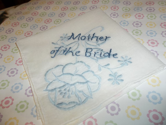 Свадьба - Vintage handkerchief, hand embroidered with 'mother of the bride' in a contrasting blue, bouquet wrap, mom gift, wedding gift, ready to mail
