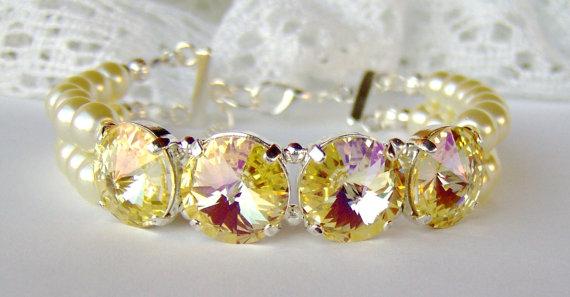 Mariage - Yellow rhinestone and ivory pearl bracelet - Double strand - Bridal jewelry