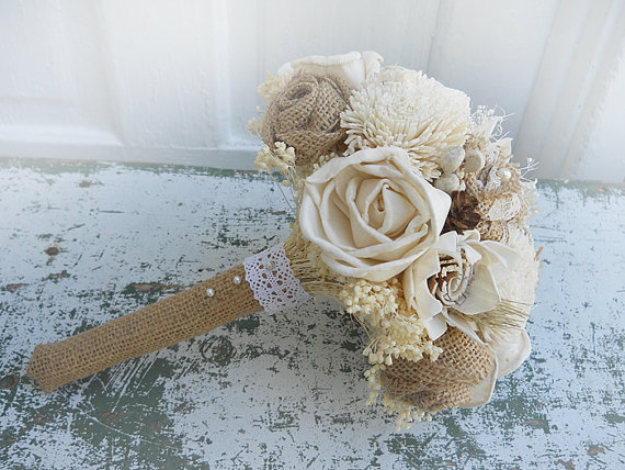 Mariage - Country Wedding Bridal Bouquet, Sola Flowers, Burlap Roses, Wheat, Mini Pine Cones, Tallow Berries. Made to Order.