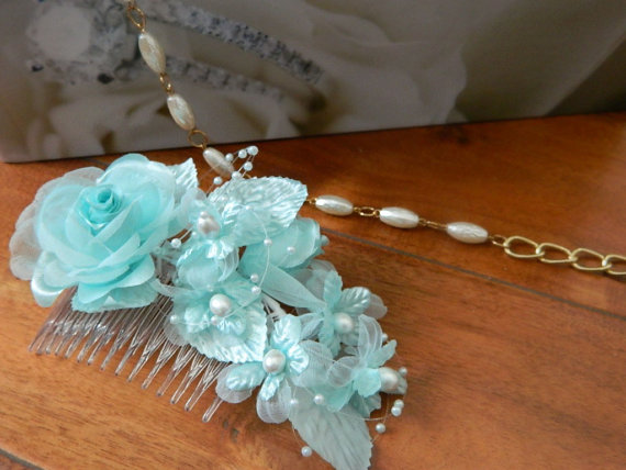 زفاف - Romantic Bridal Hair Comb Wedding Accessory Multiple Colors You Choose!  Flowers & Beaded Pearls Head Piece
