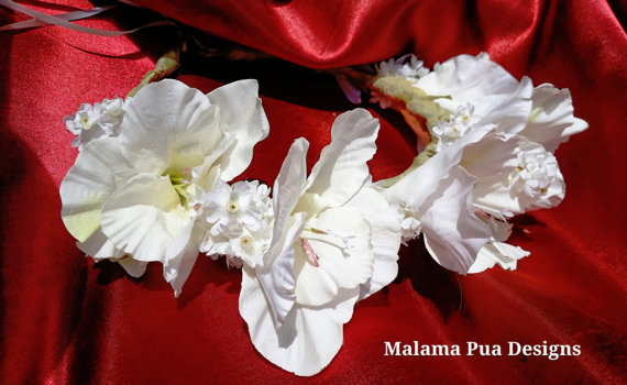 Mariage - HIBISCUS FLOWER CROWN - Hawaiian Tropical Headpiece, Bridal, White, Tiara, Beach Wedding Accessory, Flower Girl, Custom Hair Accessory