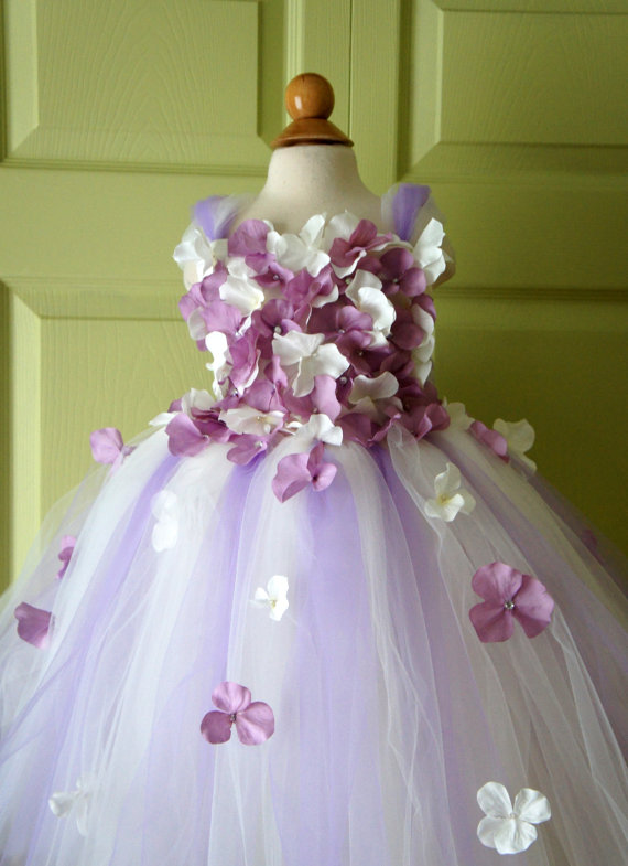 Mariage - Flower Girl Dress, Tutu Dress, Lavender and Ivory  Dress, Ivory Dress, Flower Top, Photo Prop