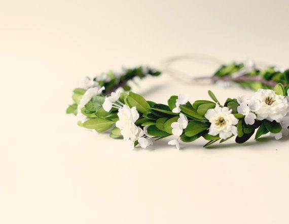 Wedding - Natural Bridal Hair Crown, Boxwood Flower Wreath, Woodland Wedding Head Piece, Floral Halo - CRICKET