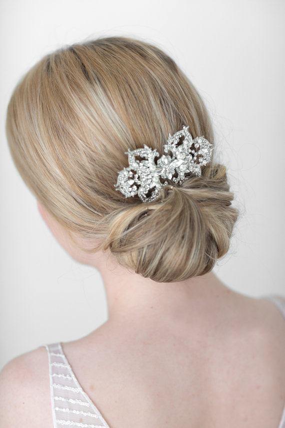 Wedding - Bridal Hair Comb, Wedding Hair Accessory, Pearl and Crystal Hair Comb