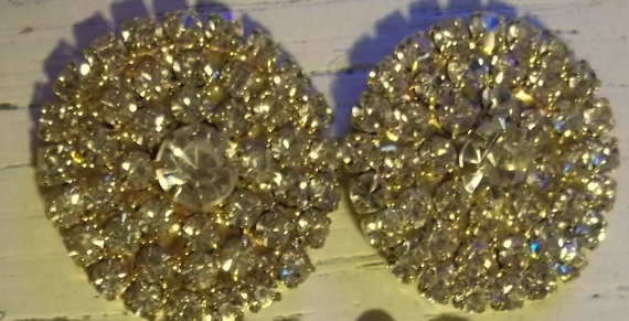 Свадьба - Bridal Shoe Clips - set of 2 - Sparkling Crystal Rhinestones in a  gold setting womens girls engagement, reception