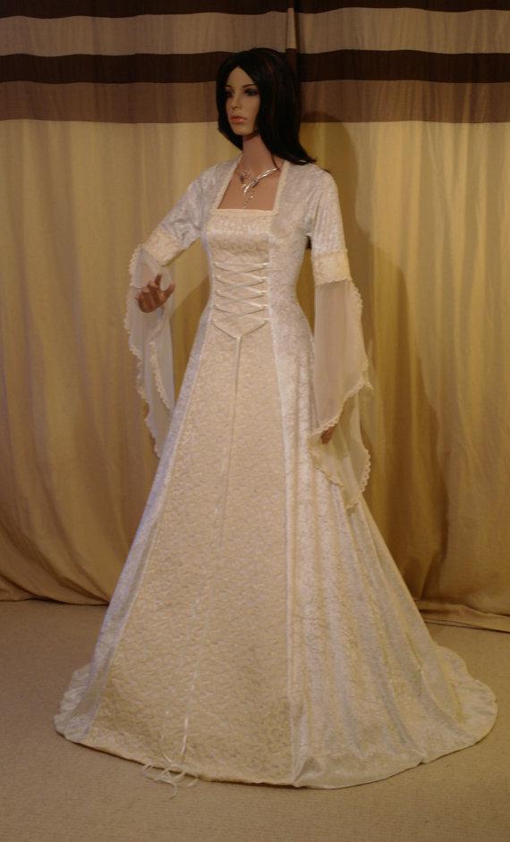Ivory wedding dress medieval dress wedding dress handfasting ivory wedding dress medieval dress wedding dress handfasting dress renaissance wedding fantasy dress custom made junglespirit Choice Image