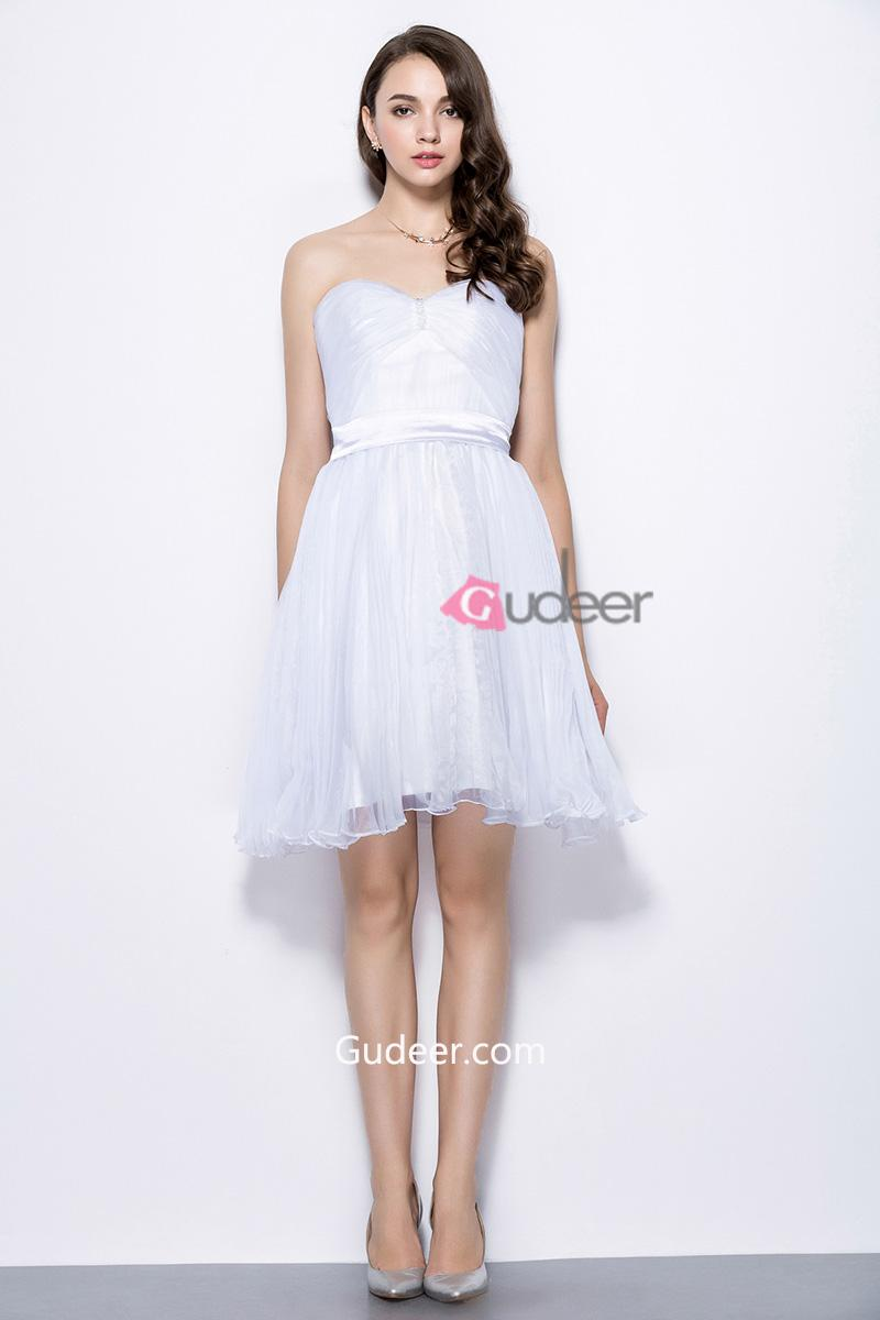 Mariage - Strapless Sweetheart Front Ruched Short White Organza Bridesmaid Dress