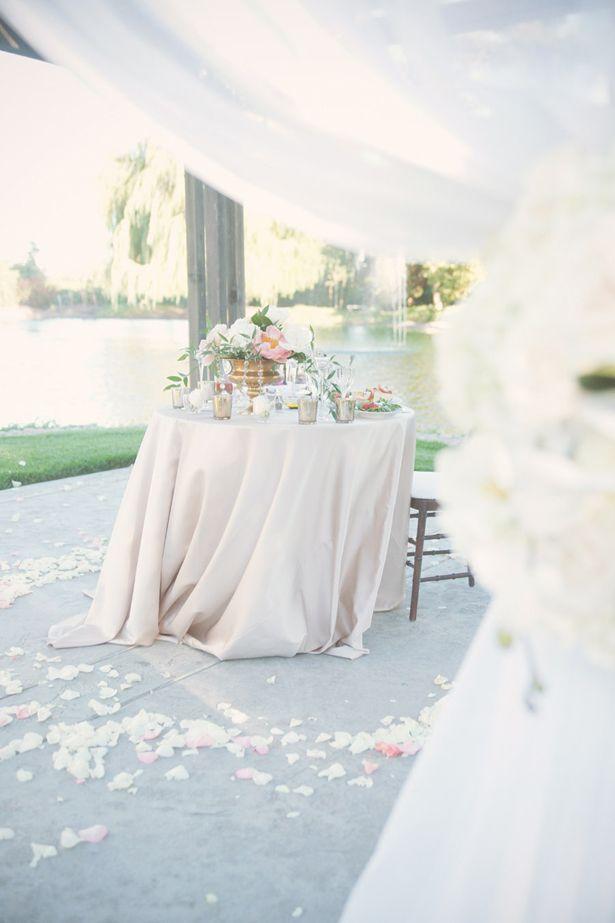 Nozze - Soft And Romantic Outdoor Wedding