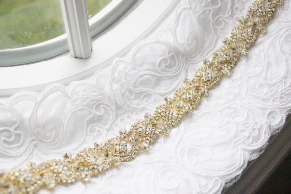 Свадьба - New Gorgeous GOLD Toned Bridal Rhinestone Wedding Gown Sash Belt