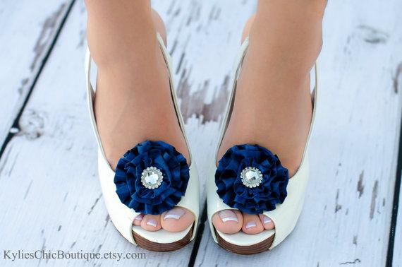 Свадьба - Navy Blue Shoe Clips - Wedding, Bridesmaid, Date Night, Party, Everyday wear