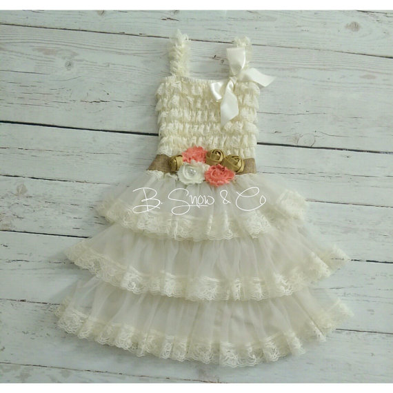 زفاف - Lace Flower Girl Dress, Rustic Flower Girl Dress, Vintage Baby Dress, Beach Country Flower Girl Dress, Vintage Petti Lace Dress, Ivory Dress