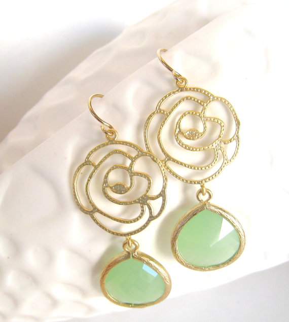 Mariage - Mint Green Earrings Gold Rose Earrings Flower Pendant Gold Earrings Mint Wedding Mint Green Bridesmaid Earrings Bridal Jewelry Gift