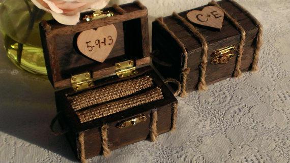 زفاف - beach wedding ring box, nautical burlap wedding wooden ring box