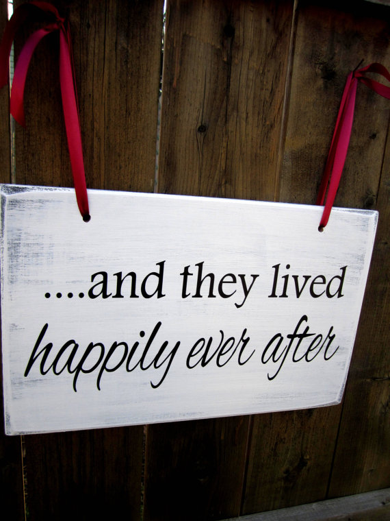 """زفاف - 10"""" x 16"""" Wooden Wedding Sign:  DOUBLE SIDED Uncle, here comes your girl & ....and they lived happily"""
