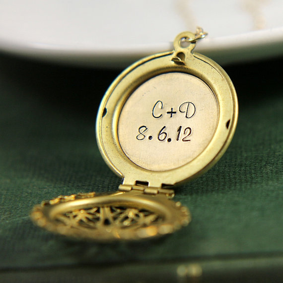 Mariage - Personalized Locket, Custom Date Locket Necklace, Initial Locket Necklace, Personalized Jewelry, Bridal Locket Necklace, Locket Pendant