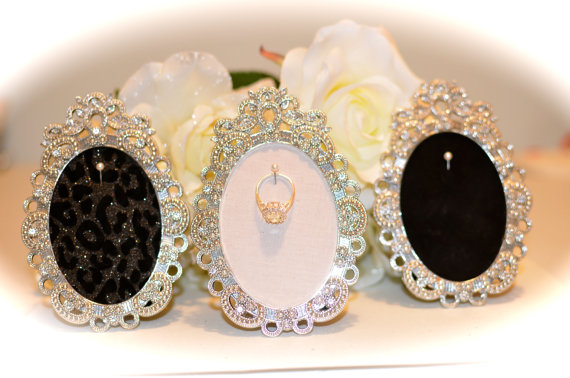 Oval Crystal Engagement Wedding Ring Picture Frame Ring Holder 2
