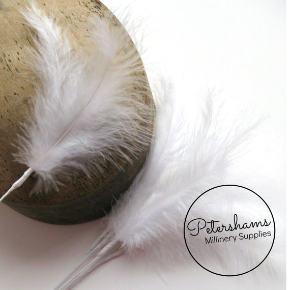 Mariage - 6 Stems of Wired Fluffy Marabou Feathers for Fascinators & Wedding Bouquets (18 feathers) - White