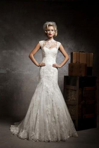 Sultry And Special Lace Jewel Natural Embroidery Bridal Wedding Dress