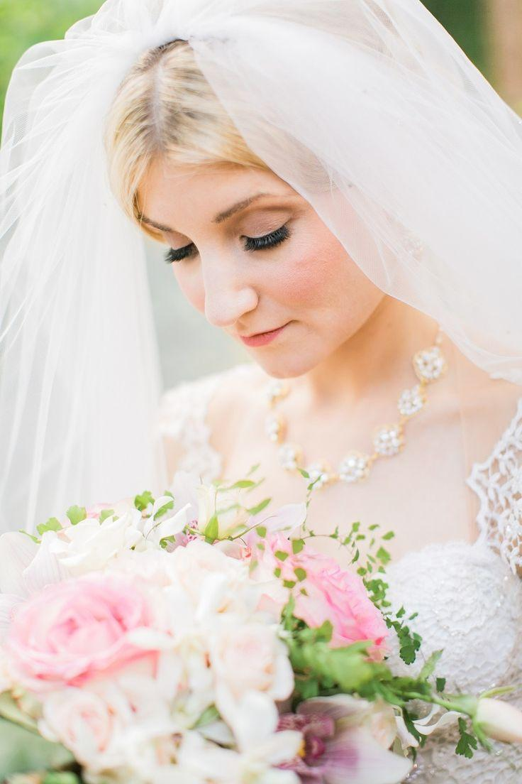 Свадьба - Fairytale Wedding At Thornewood Castle
