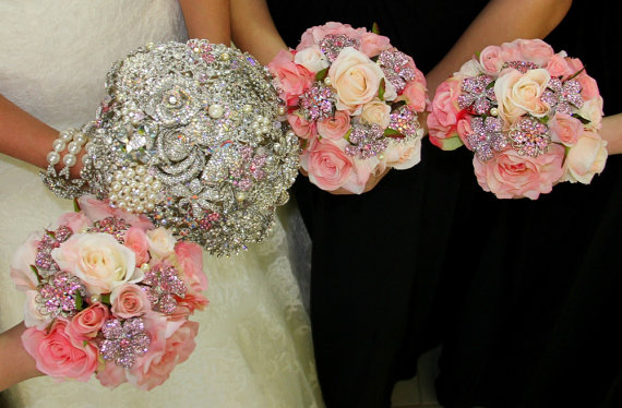 Mariage - Brooch, Crystal, Feather, or Pearl wedding bouquets and accessories packages - DEPOSIT and Ordering information