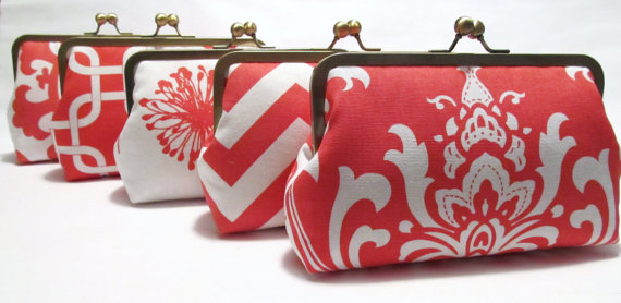 Mariage - SALE 20% OFF 5 Premier Print Bridesmaid Clutches,Silk Lined Coral And White Custom Clutches,Bridesmaid Gifts,Weddings,Bridal Accessories