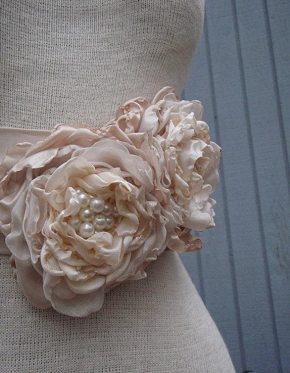 Свадьба - wedding  Bridal Sash With a Unique Design Flowers champagne color