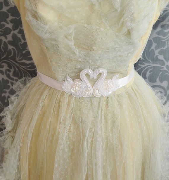 Bridal gown belt wedding dress accent pearl swan waist for Pearl belt for wedding dress